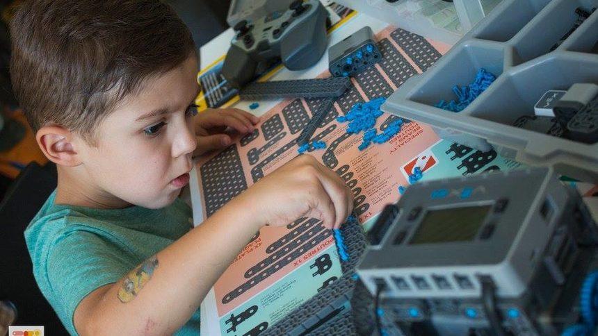 Работилница за малки програмисти и артисти отваря в София picture
